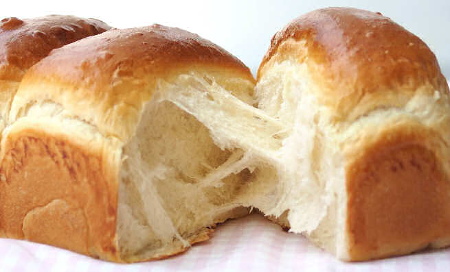 how to make fluffy milk bread