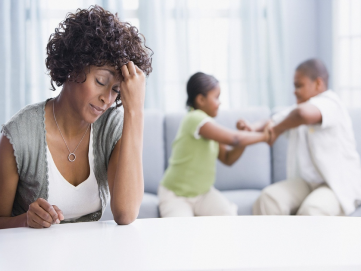 7 WAYS MOMS CAN COPE WITH STRESSFUL DAYS