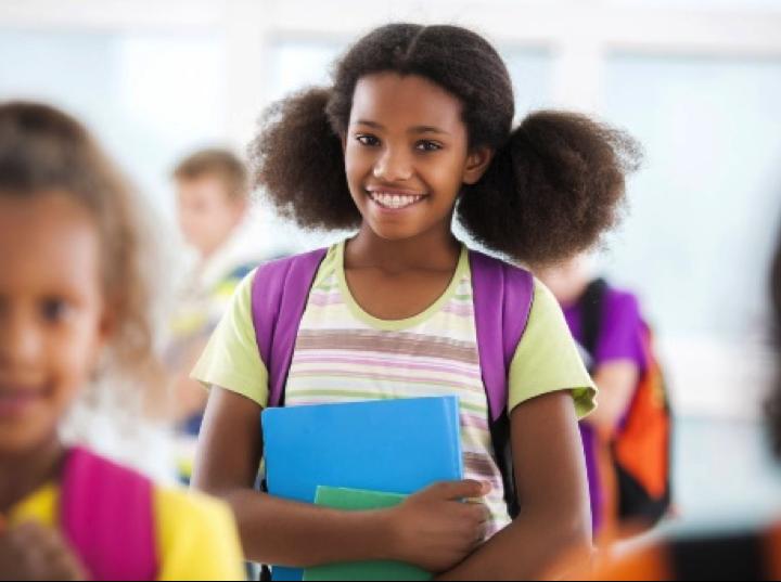 7 HACKS TO MAKE SCHOOL MORNINGS EASIER