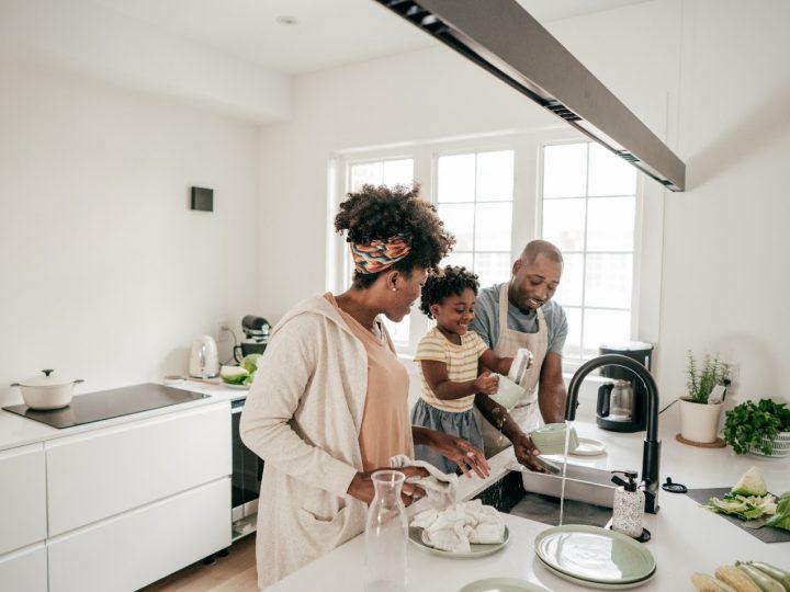8 Ways to Make the Kitchen Child-Friendly